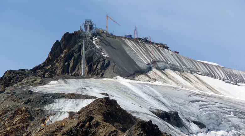 Op de Wildspitze wordt nu een café gebouwd op 3440m hoogte