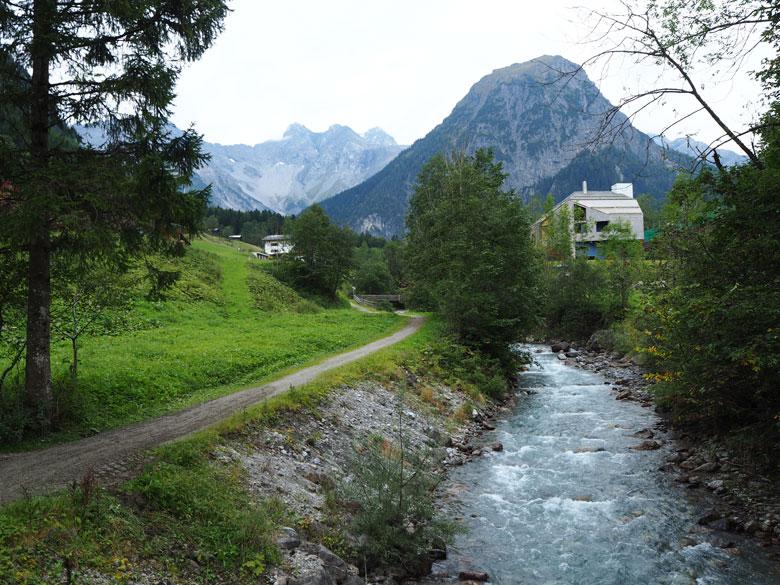 het wandelpad Alvierbachwweg
