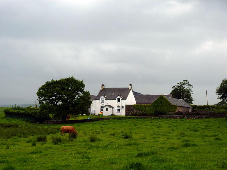 een mooie ommuurde boerderij