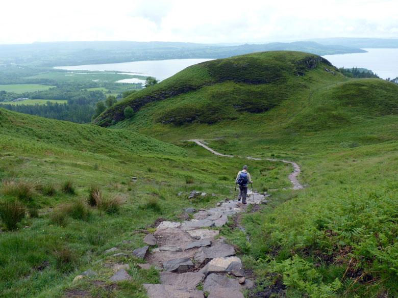een adembenemende afdaling naar het grote Loch Lomond