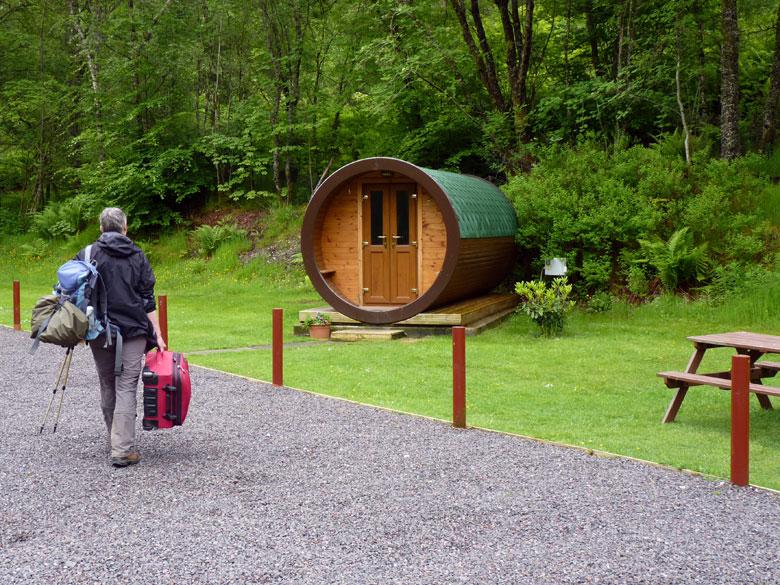 daar staat hij, onze luxe Hobbit voor twee nachten in Tyndrum