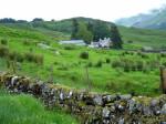 het wordt een echte Schotse regendag, maar we genieten er zeker niet minder om. Het landschap is ook zo prachtig om doorheen te trekken