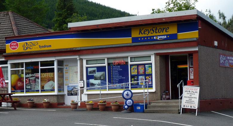 de laatste Store voor de volgende 44 kilometer tot aan Kinlochleven