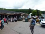 de Green Welly shop; benzine, store, restaurant en zelfs een outdoor afdeling