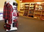 natuurlijk veel Schots geruite kleding en souvenirs