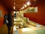in en rond het Clan Donald museum