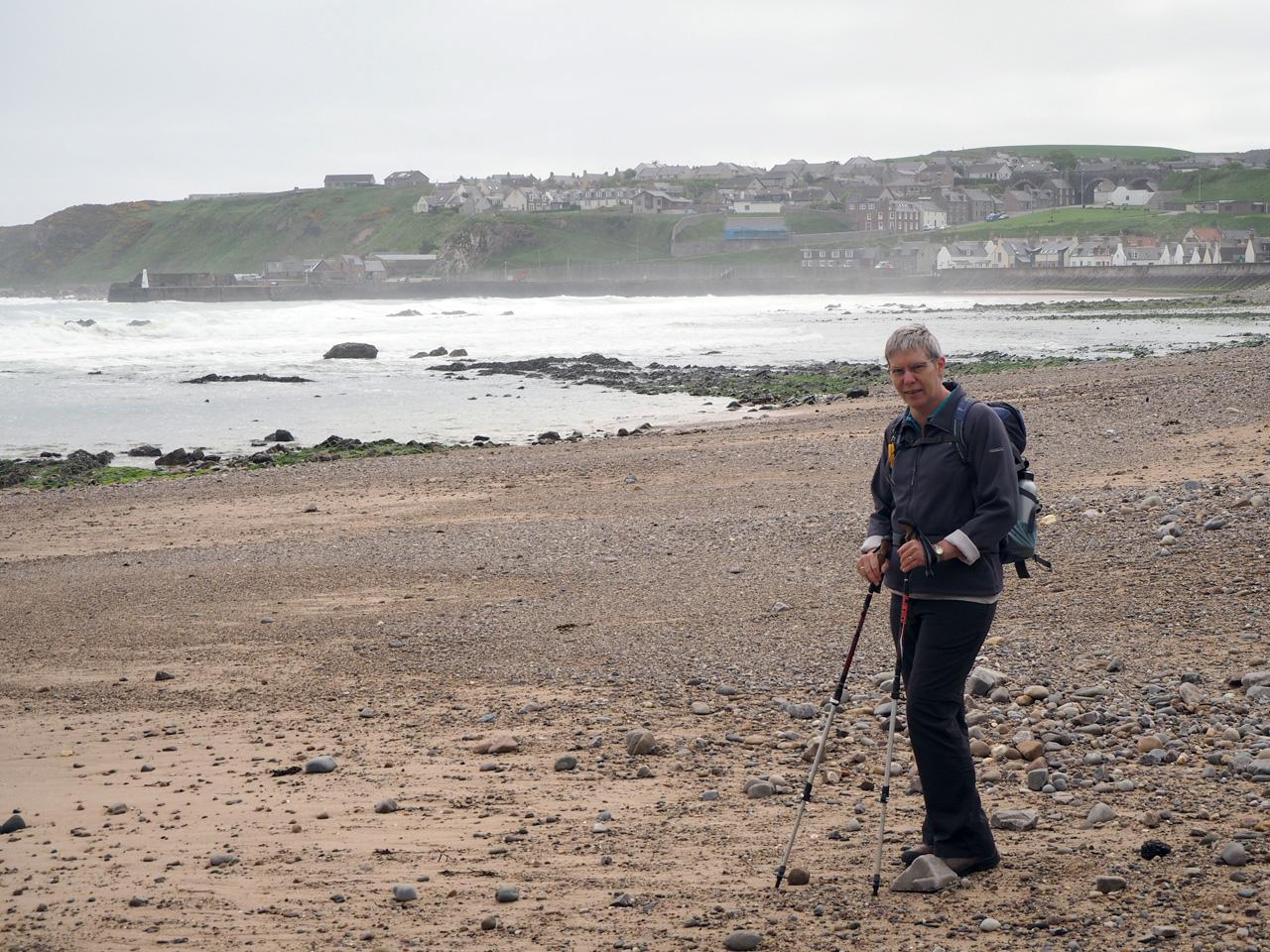 strandwandeling met Cullen op de achtergrond