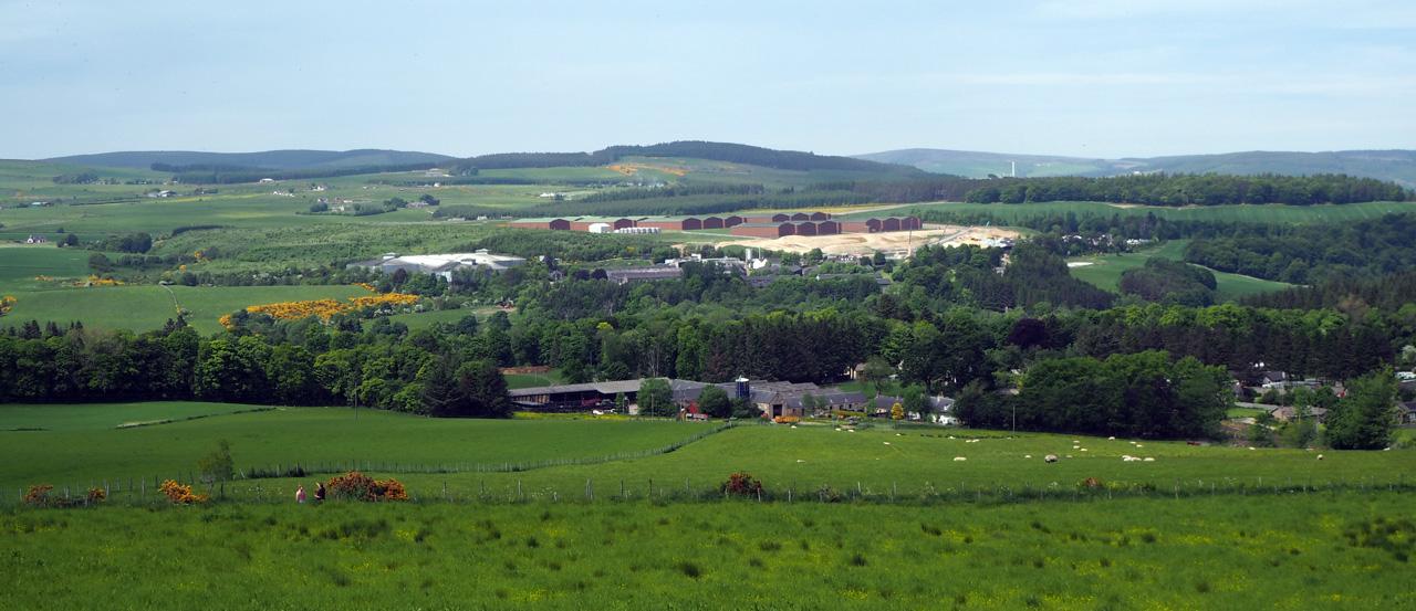 op nadering van het dorpje Aberlour