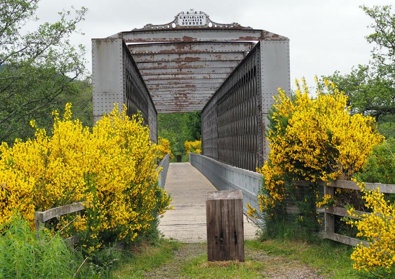 oude spoorbrug over de Spey