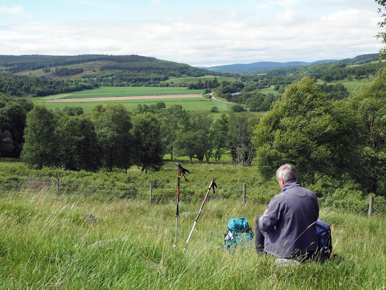 picknick met uitzicht op de Cairngorms en Spey
