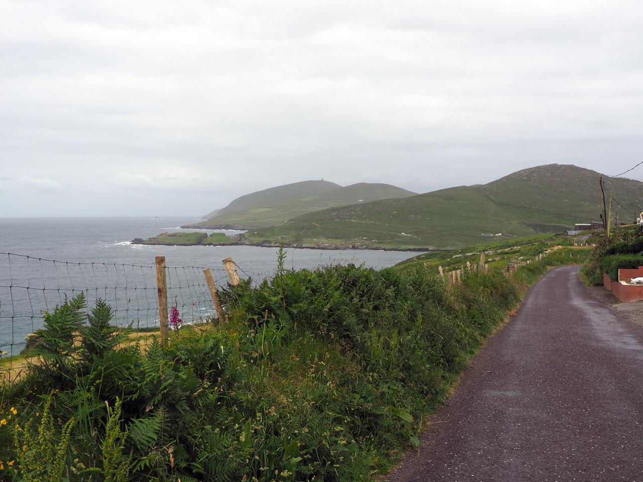 de eerste toppen van Dursey Island